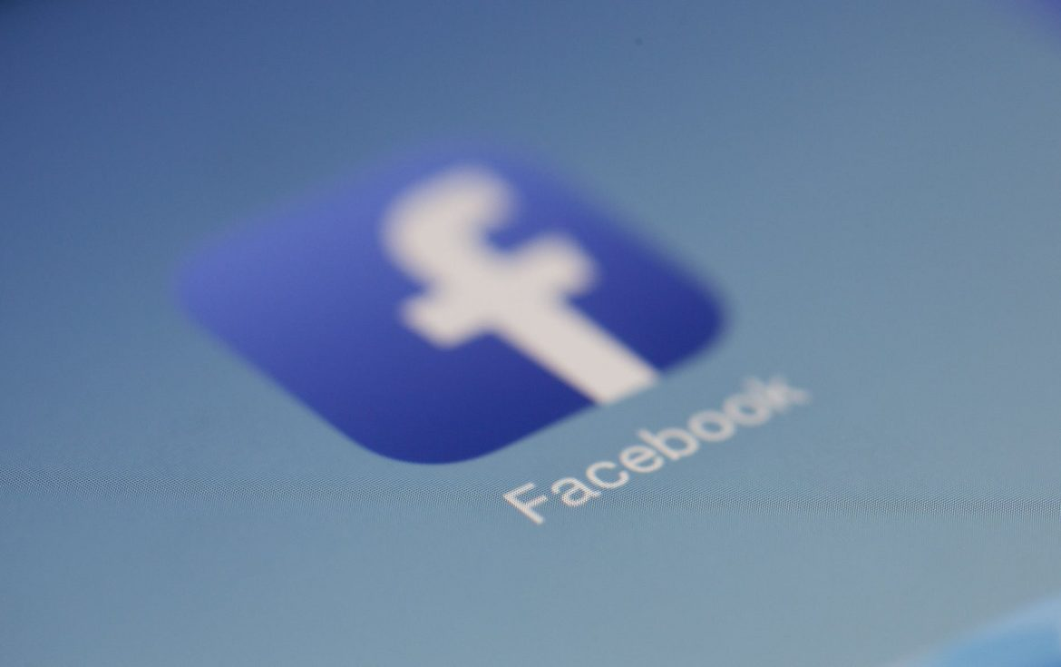 Facebook Ads or Google Ads : Which is a Better Option for Business Growth?
