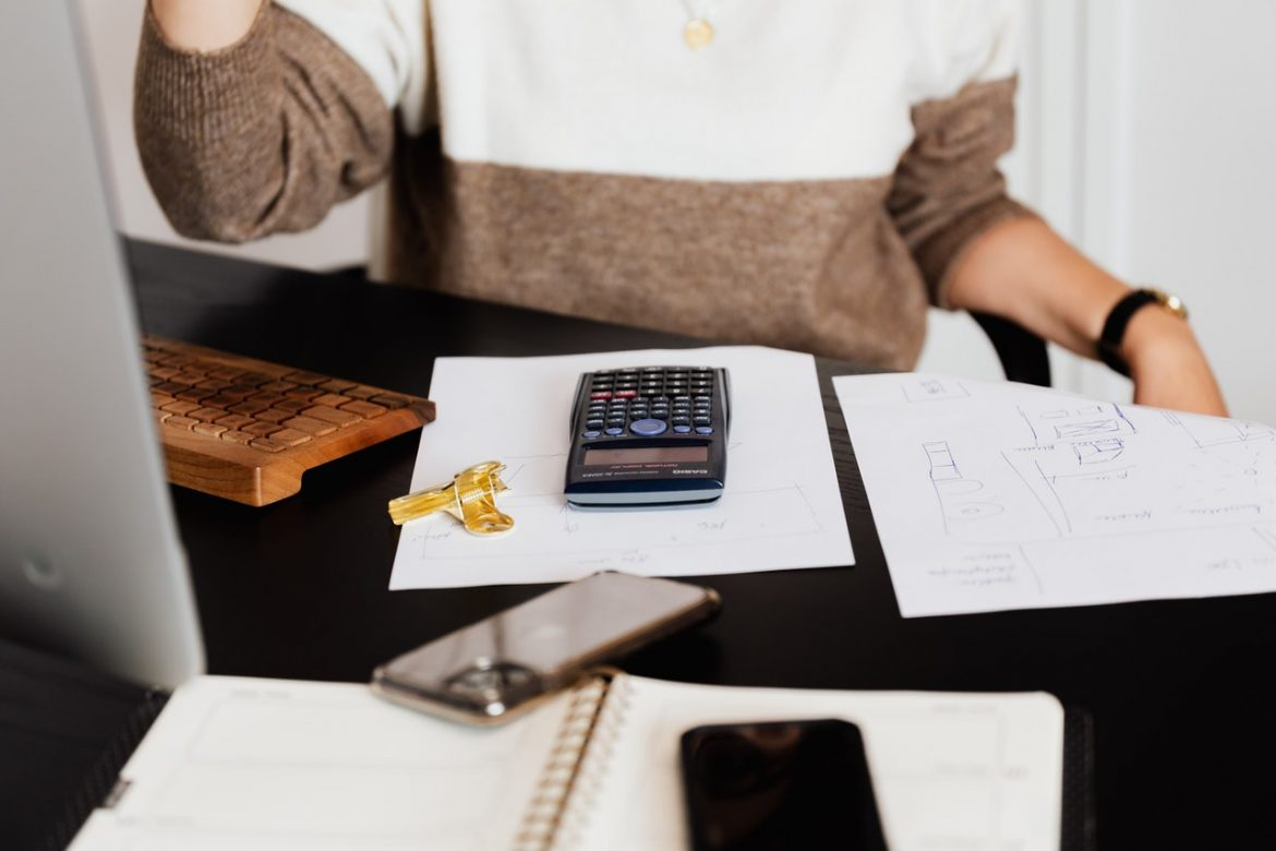 6 Benefits Of Outsourcing Bookkeeping Services For Small Businesses